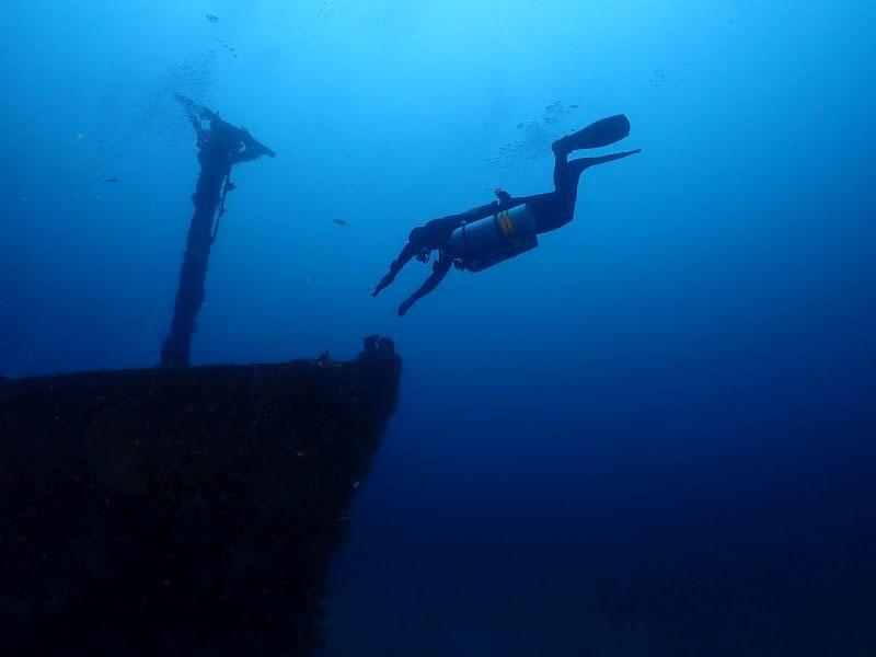 IANTD Tek Open Water Sidemount Diver puerto galera philippines